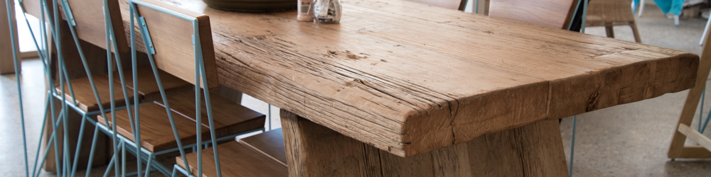 rustic-table.jpg